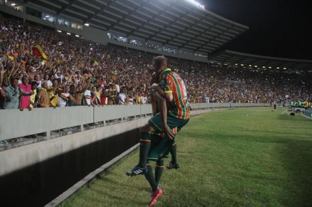 Sampaio espera encerrar o ano com vitória