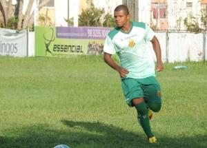 Wilian Simões quer vitória em sua cidade natal