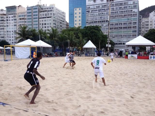 Sampaio bateu o Botafogo por 5x4