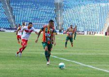 Sampaio teve seu jogo contra o Vila Nova adiado pela CBF (Foto: Elias Auê)