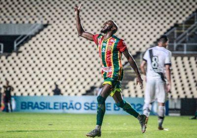 Jean Silva marcou o gol da vitória Tricolor (Foto: Fredson Ferreira)